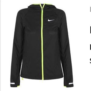 Nike Impossibly Light Shell Running Jacket